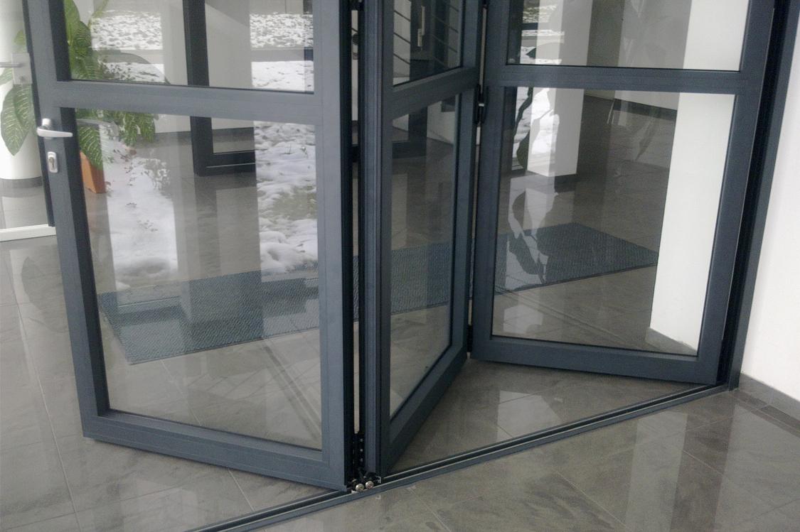 bi-fold door2